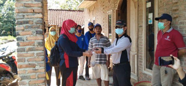 Bersama Membasmi Sarang Nyamuk